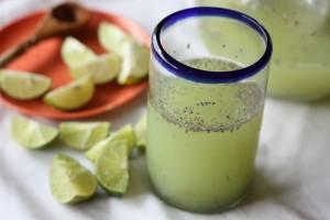 agua-de-chía-y-limon-para-adelgazar